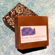 Bouchées chocolatées à l'image du  musée Suisse du Papier Peint